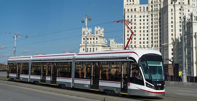 Трамвай ''Лев'' (вариант).jpg